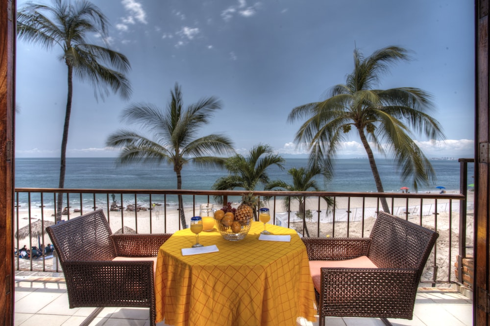 Rooftop Pool, Vallarta Shores Beach Hotel