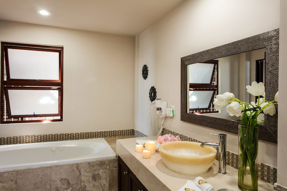 Bathroom, Vallarta Shores Beach Hotel