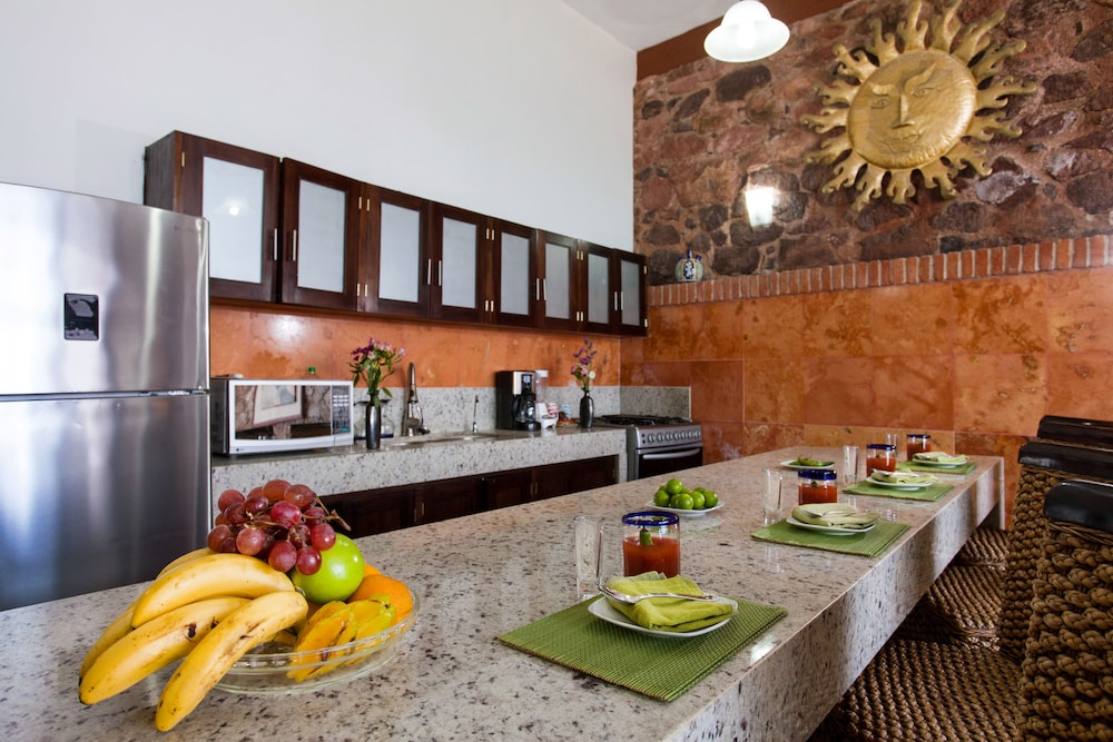 Private Kitchen, Vallarta Shores Beach Hotel