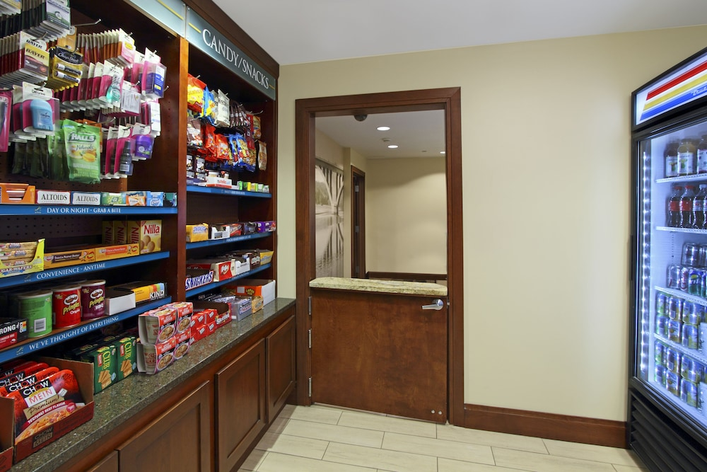 Gift Shop, Staybridge Suites Tysons - McLean