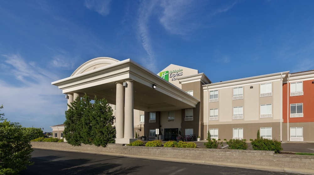 Book Holiday Inn Express Suites Lawrence Lawrence Hotel Deals