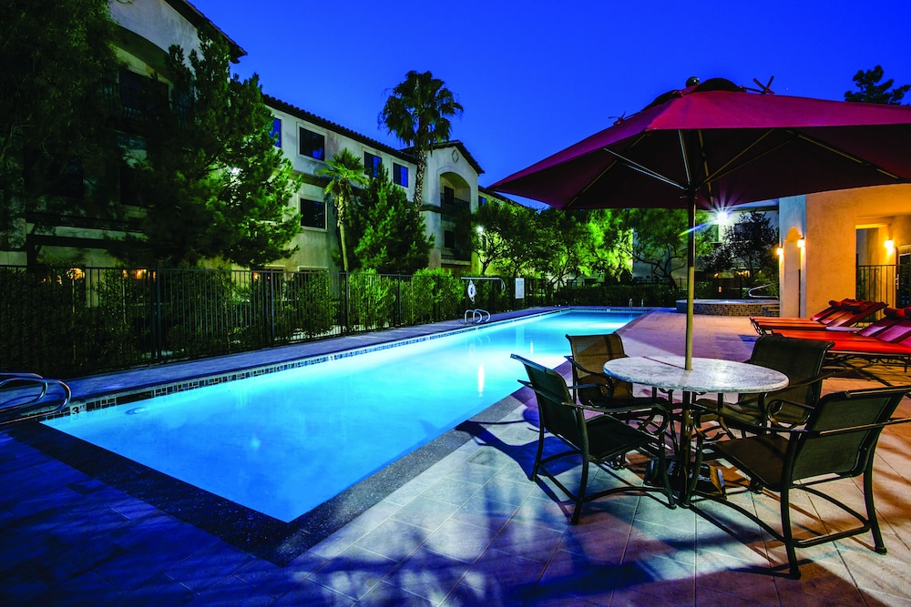 tuscany suites las vegas reviews