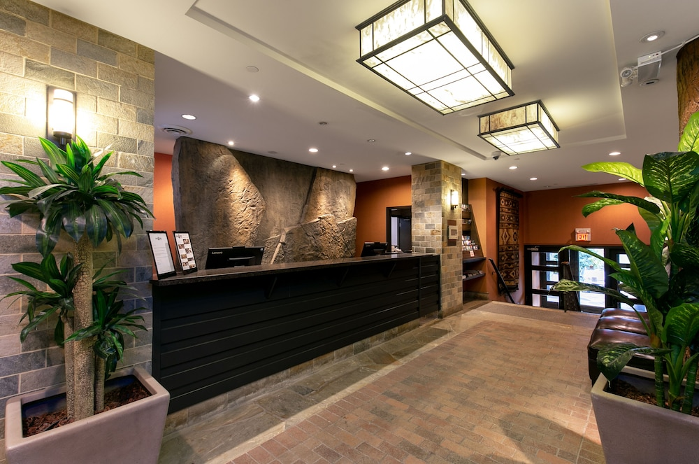 Business Center, The Blackcomb Lodge