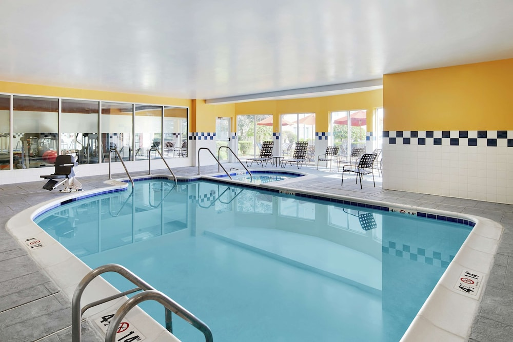 Pool, Hilton Garden Inn Allentown West
