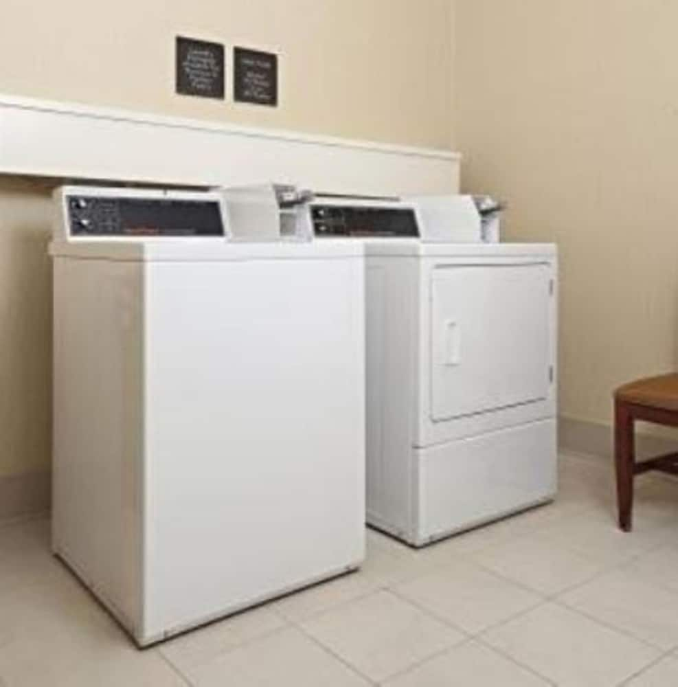 Laundry Room, Hilton Garden Inn Allentown West