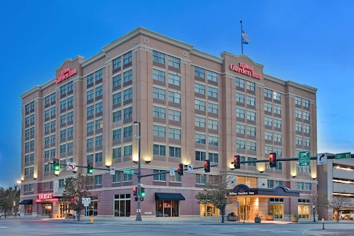 Hilton Garden Inn Omaha Downtown