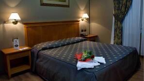 Minibar, coffres-forts dans les chambres, chambres insonorisées