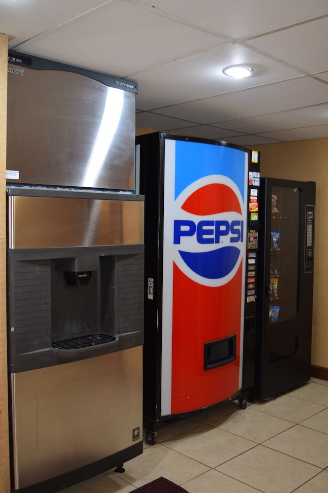 Vending Machine, Super 8 by Wyndham Homewood Birmingham Area