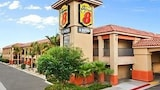 Indio Super 8 & Suites - Indio Hotels