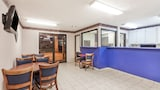 Deluxe Inn - Morristown Hotels