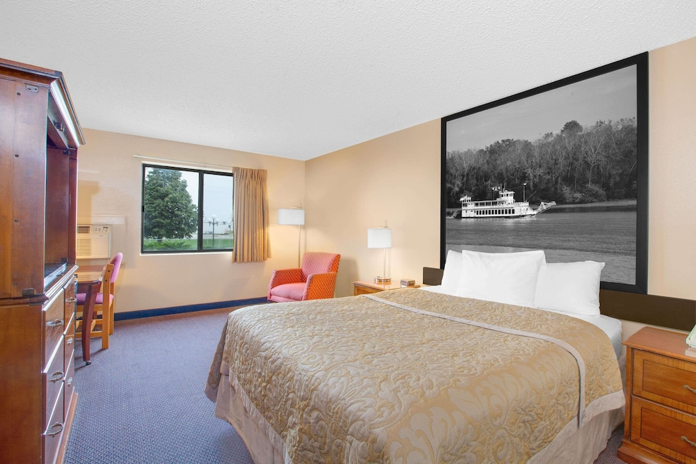 Room, Super 8 by Wyndham Clear Lake