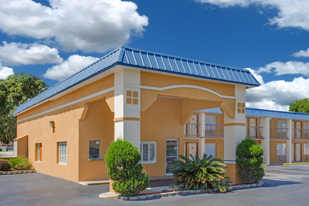 Exterior, Super 8 by Wyndham Port Royal/Beaufort