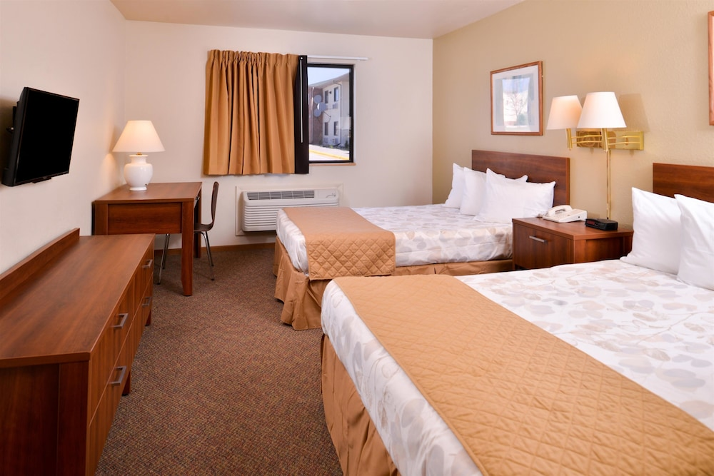 Room, Americas Best Value Inn Missouri Valley