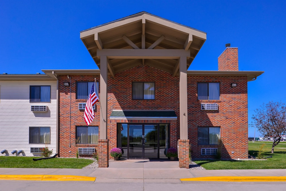 Front of Property, Americas Best Value Inn Missouri Valley