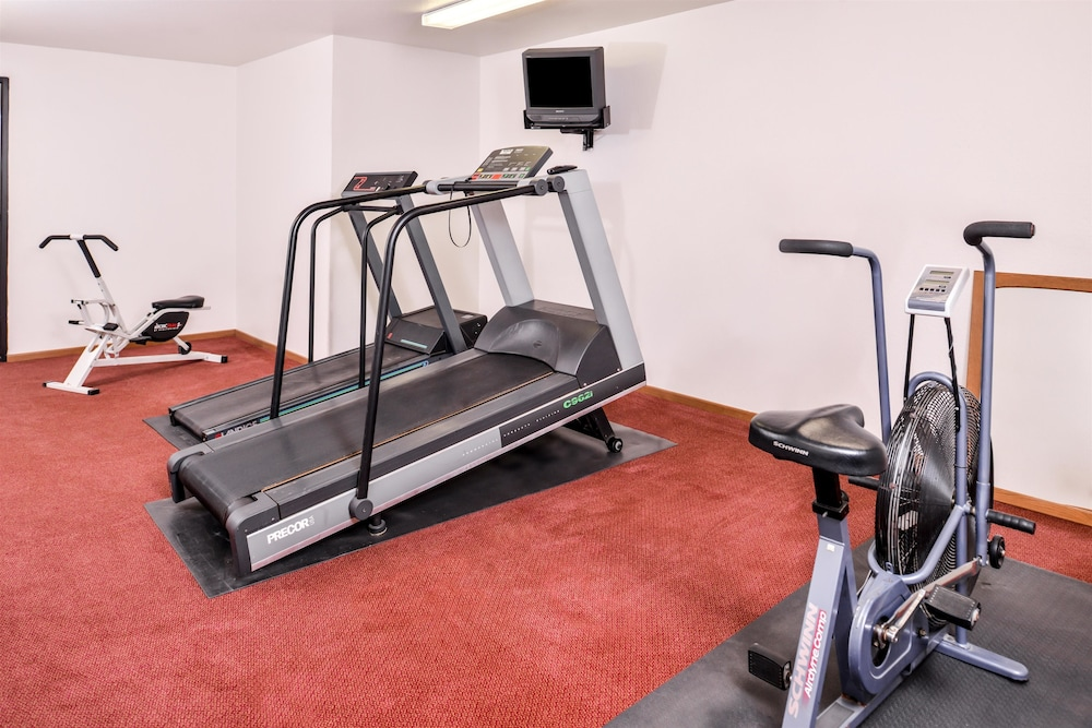 Fitness Facility, Americas Best Value Inn Missouri Valley