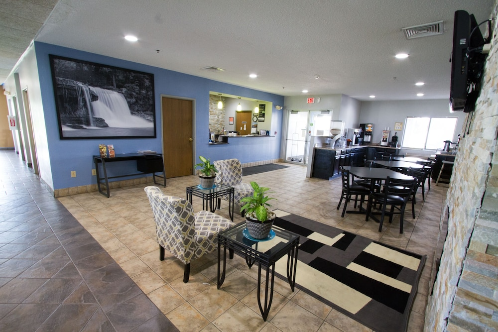 Super 8 By Wyndham Kokomo: 2018 Room Prices From $59, Deals U0026 Reviews |  Expedia