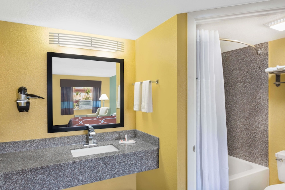 Bathroom, Super 8 by Wyndham Sarasota Near Siesta Key