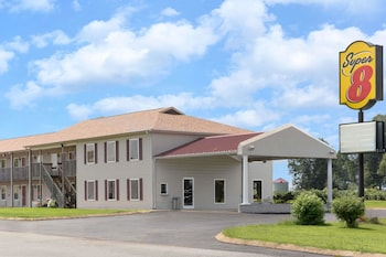 Super 8 by Wyndham Whiteville