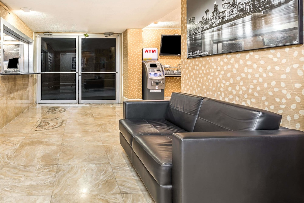 Super 8 By Wyndham North Bergen Nj Nyc Area 2019 Pictures Reviews Prices Deals Expedia Ca