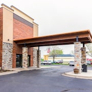 Quality Inn & Suites Arden Hills - Saint Paul North