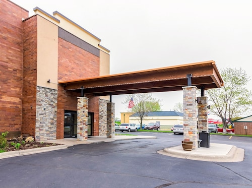 Great Place to stay Quality Inn & Suites Arden Hills - Saint Paul North near Arden Hills