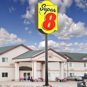 Super 8 by Wyndham Kindersley