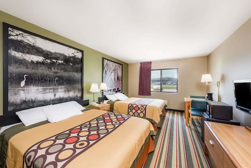 Great Place to stay Super 8 by Wyndham Chanute near Chanute