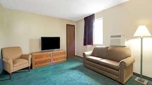 Premium bedding, desk, free cribs/infant beds, free WiFi