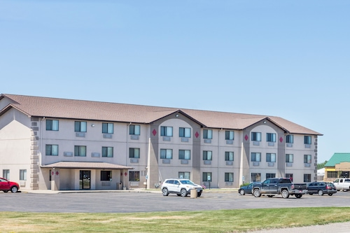 Great Place to stay Super 8 by Wyndham Sioux City South near Sioux City
