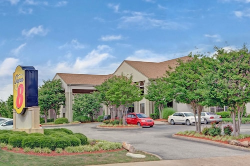 Super 8 by Wyndham Olive Branch