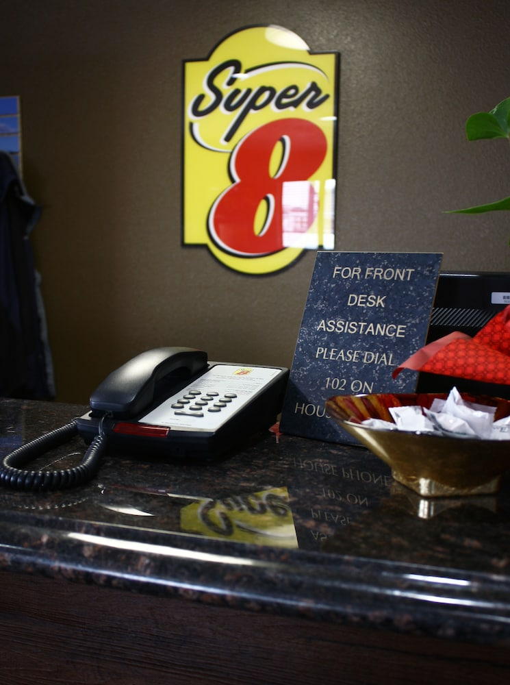 Reception, Super 8 by Wyndham Jamestown