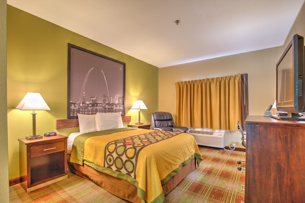 Room, Super 8 by Wyndham Waterloo