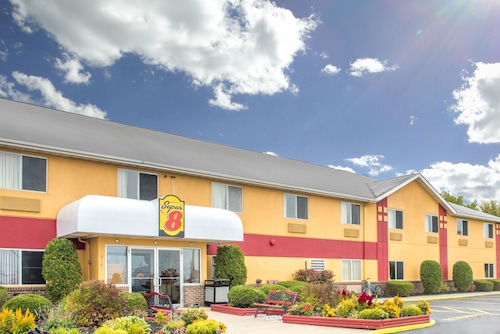 Great Place to stay Super 8 by Wyndham Medina near Medina