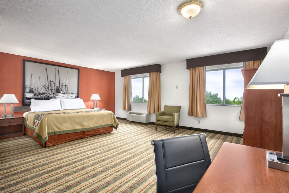 Room, Super 8 by Wyndham West Haven