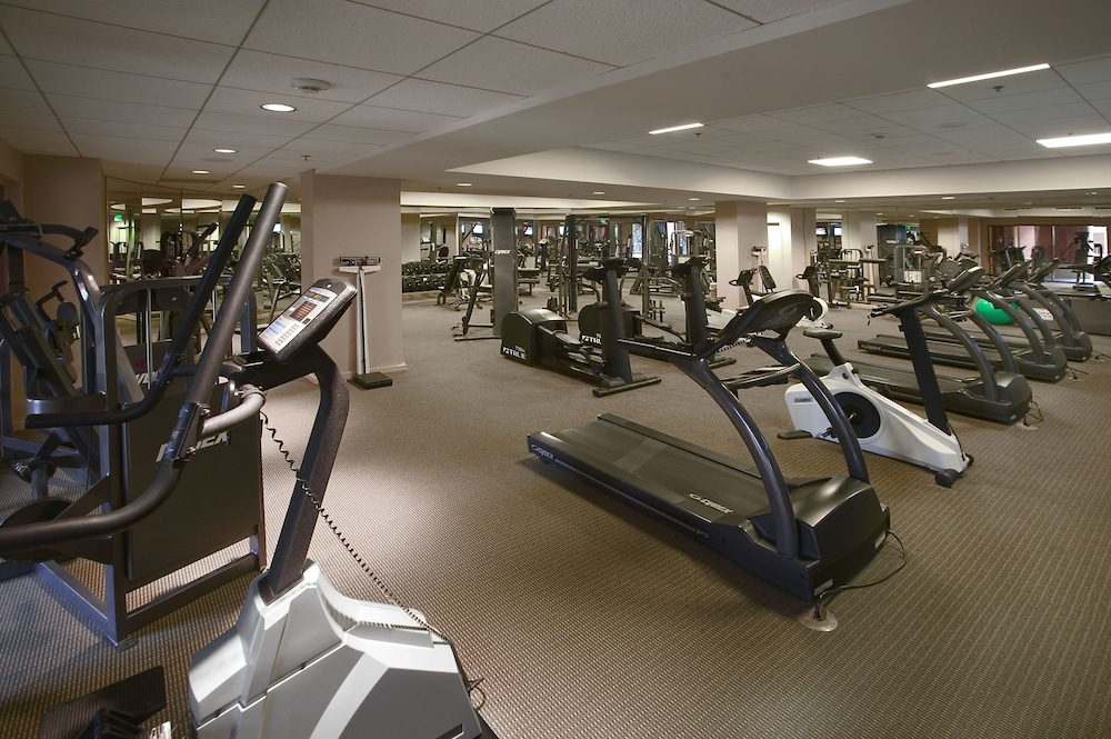 Gym, Universal's Loews Royal Pacific Resort