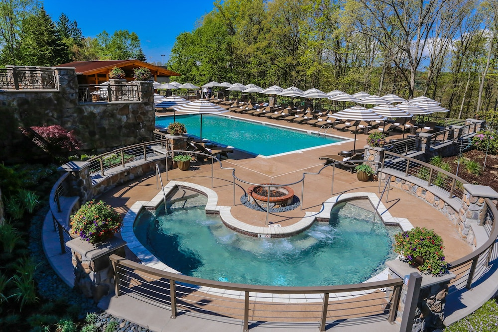 Outdoor Pool, Nemacolin Woodlands Resort