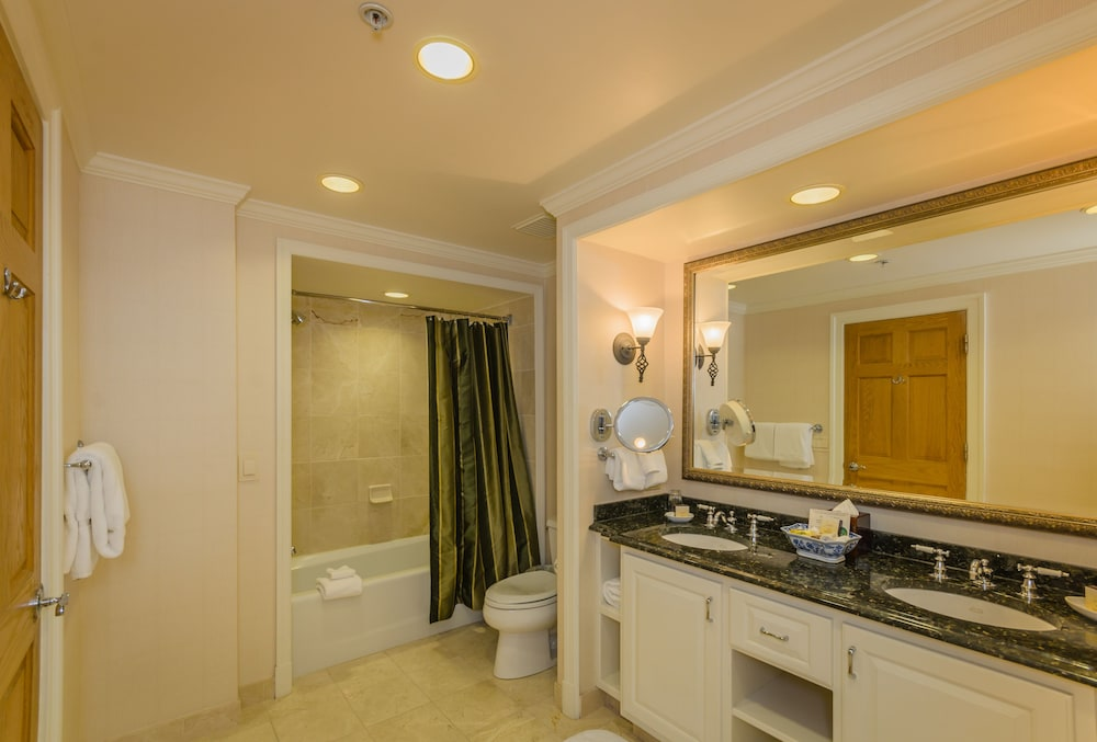Bathroom, Nemacolin Woodlands Resort