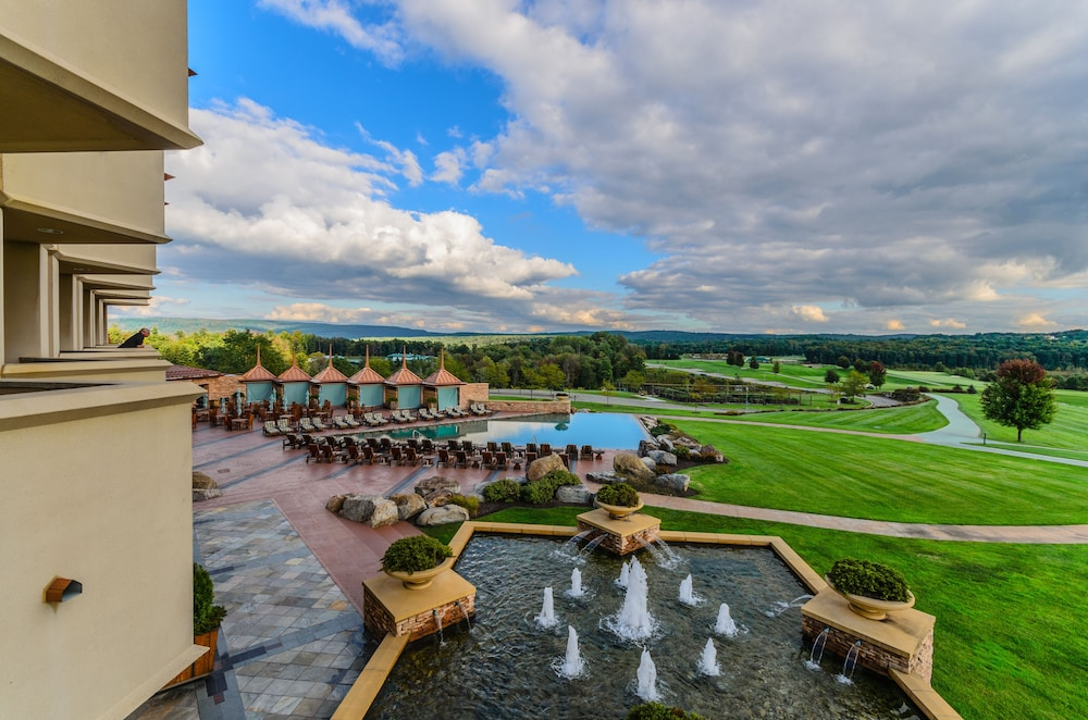 Infinity Pool, Nemacolin Woodlands Resort