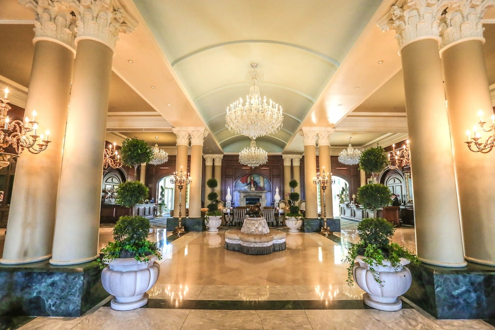 Lobby, Nemacolin Woodlands Resort