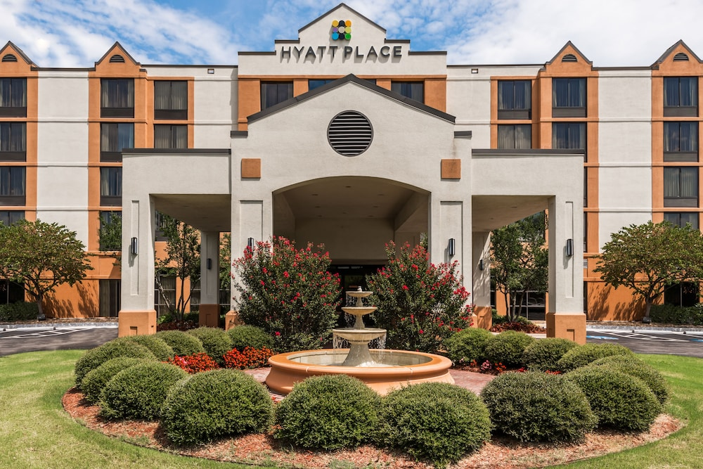 Front of Property, Hyatt Place Rogers/Bentonville