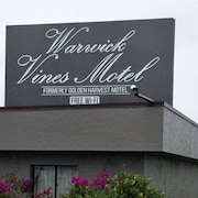 Warwick Vines Motel
