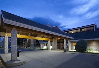 AmericInn Lodge & Suites Valley City - Conference Center