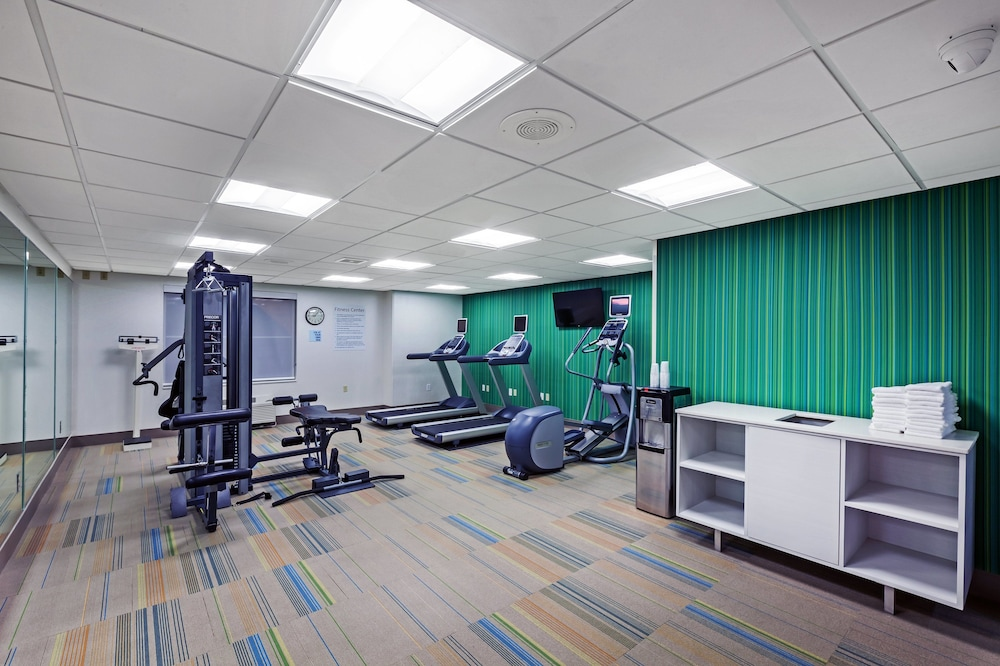 Fitness Facility, Holiday Inn Express Hotel & Suites Dallas Lewisville