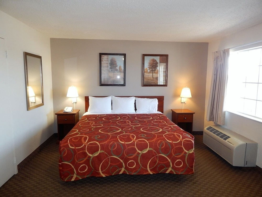 Room, InTown Suites Extended Stay High Point
