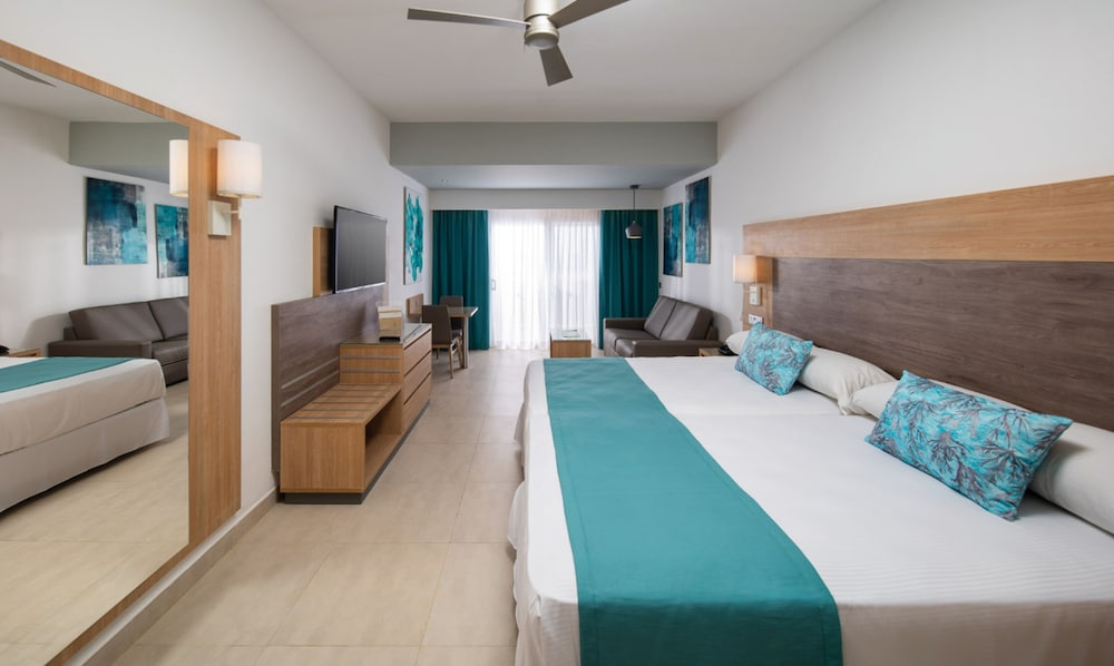 Room, RIU Palace Tropical Bay All Inclusive
