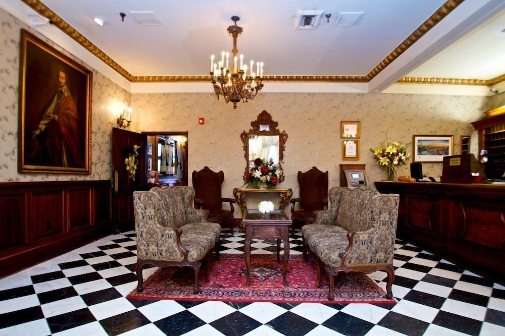 le richelieu in the french quarter 2018 room prices 112. Black Bedroom Furniture Sets. Home Design Ideas