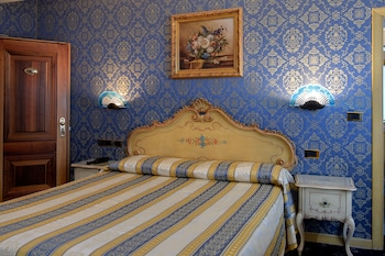 Classic Double or Twin Room - Guestroom