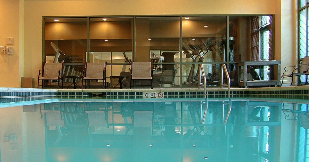 Pool, Embassy Suites by Hilton Sacramento - Riverfront Promenade