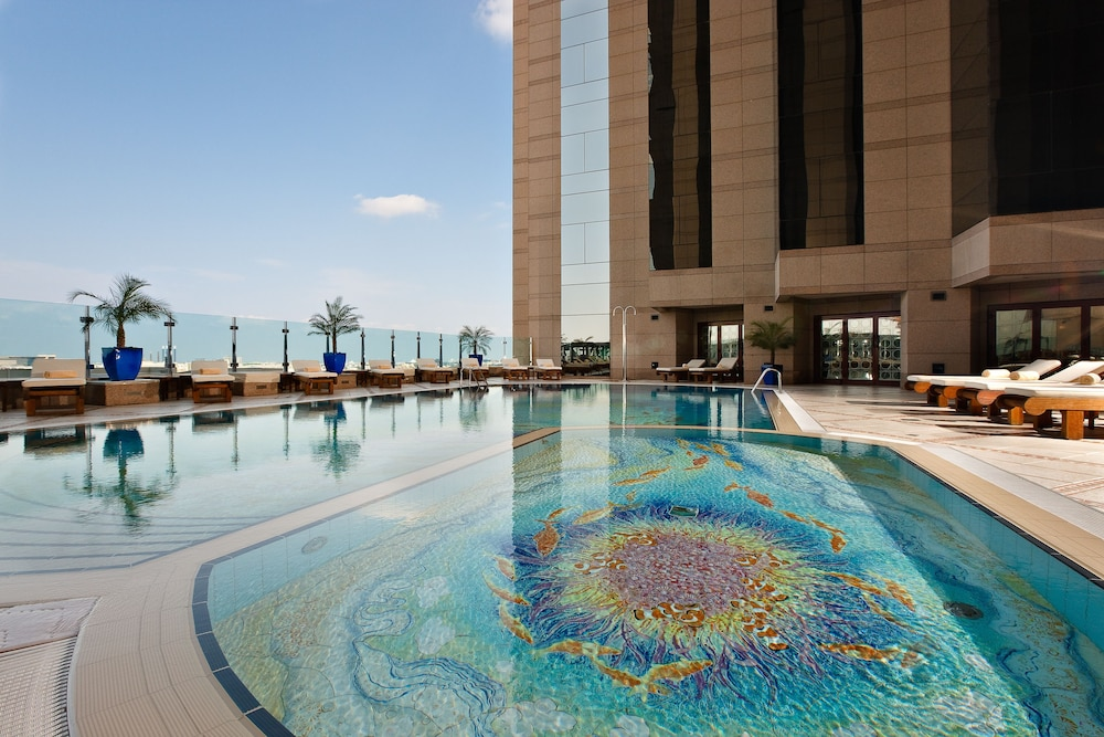 Book fairmont dubai dubai hotel deals for Dubai hotels offers