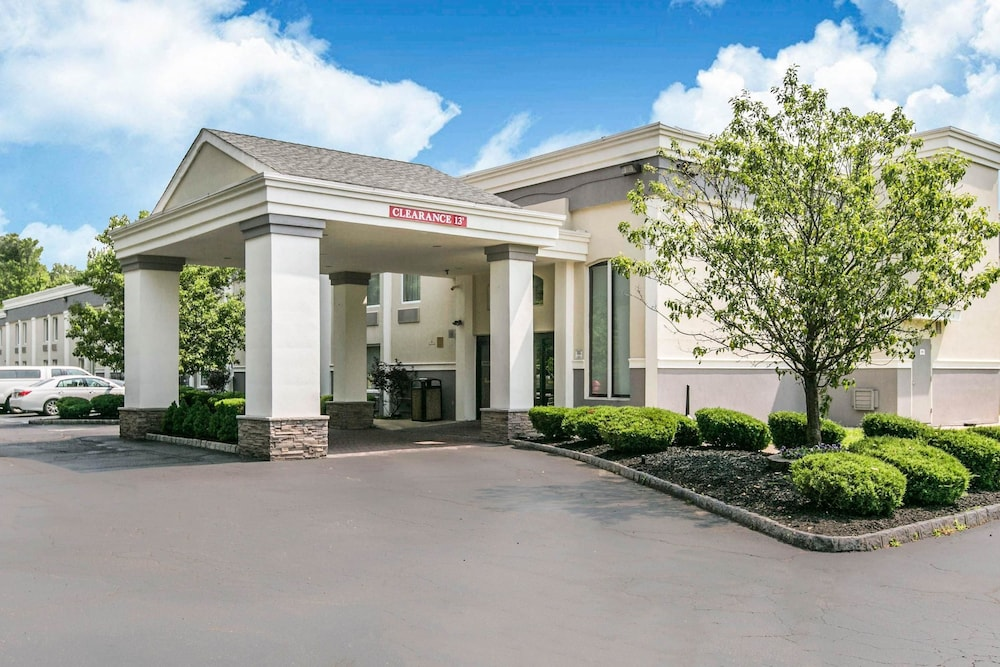 Quality Inn Edison 2019 Room Prices 67 Deals Reviews Expedia